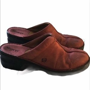 Born soft red burgundy leather mules clogs Size 9